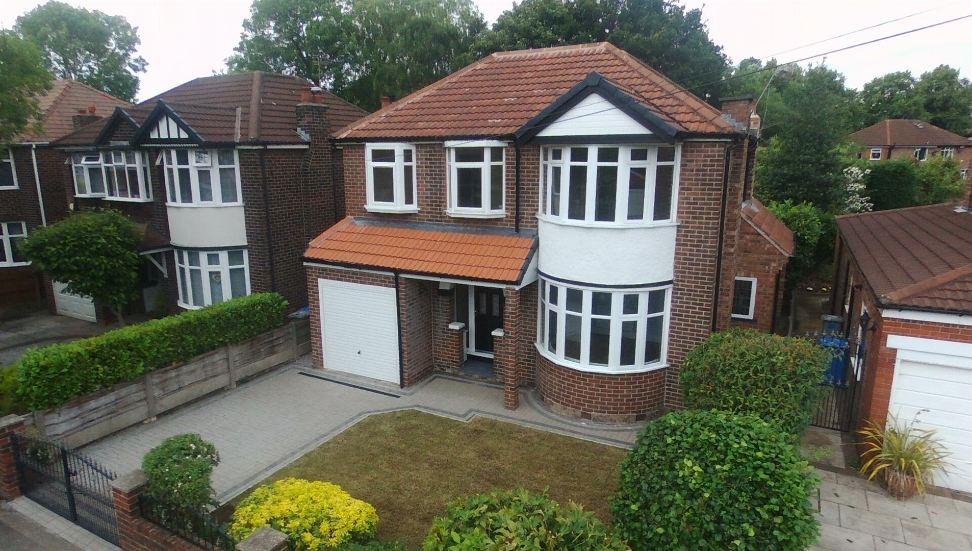 4 Bedroom House - Detached To Let